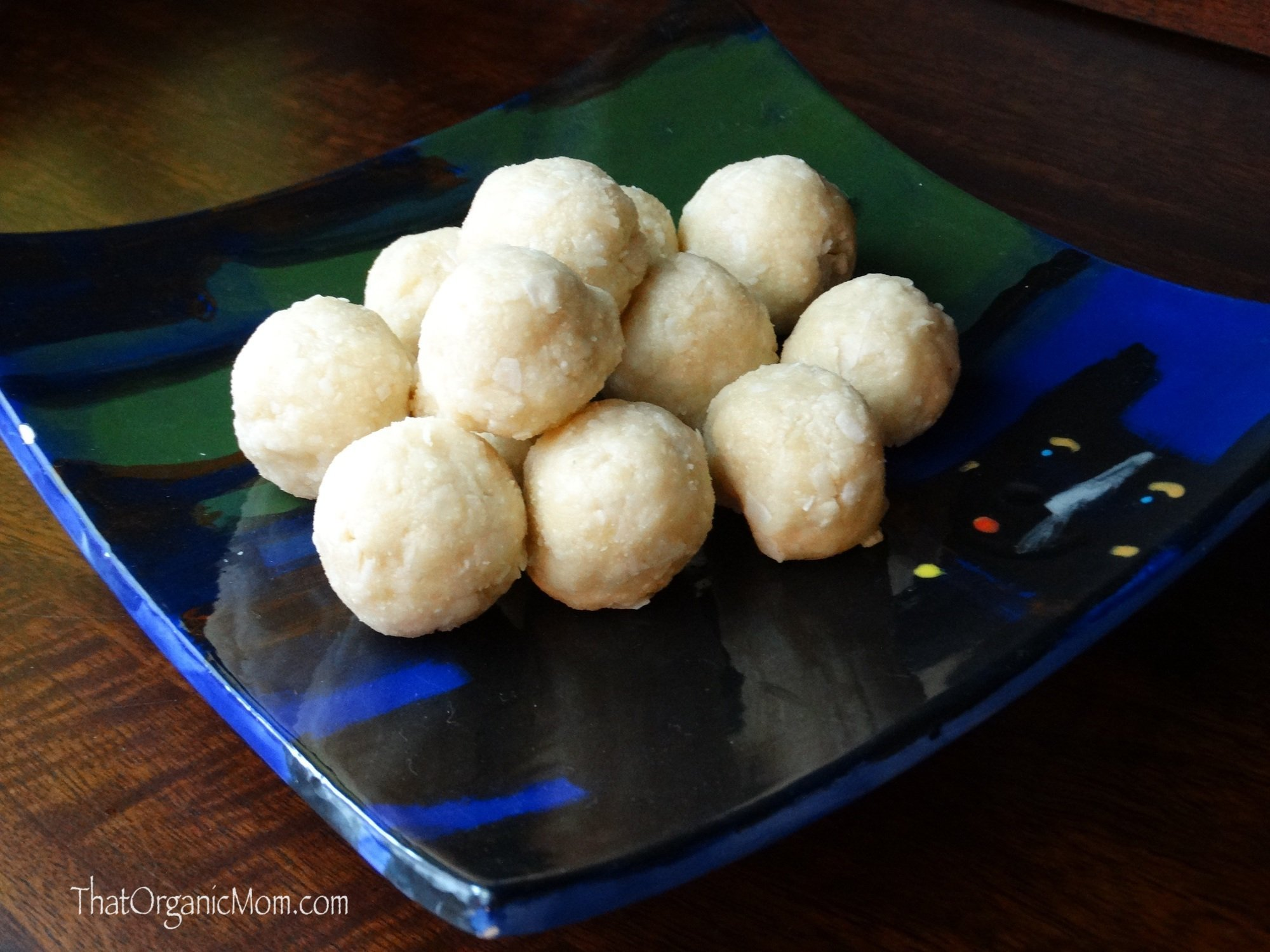 No Cook Coconut Macaroon Recipe - Low Carb, Sugar-Free and Gluten-Free 1