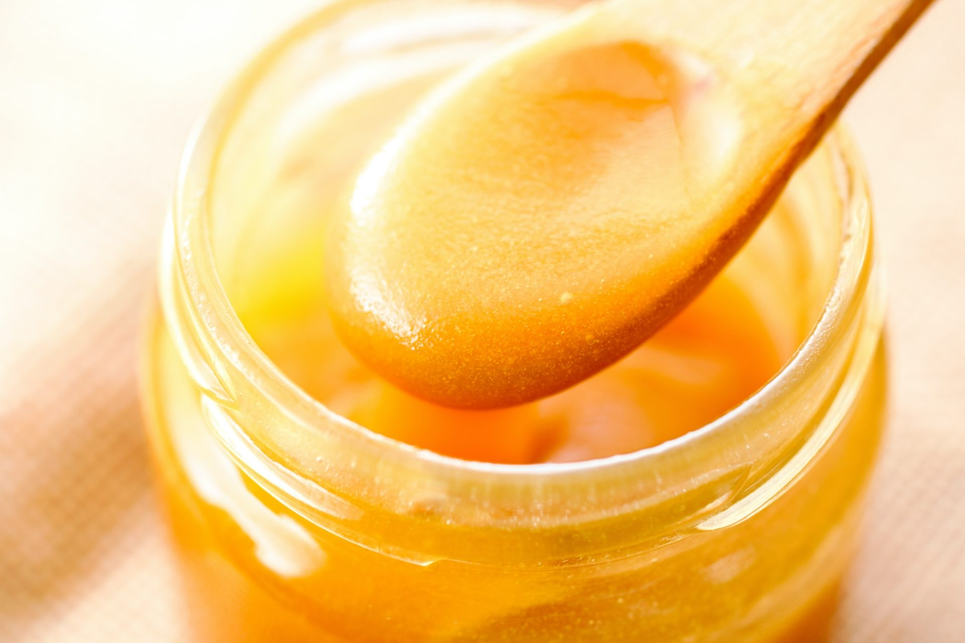 How to use Mānuka Honey with all the many benefits it offers 7