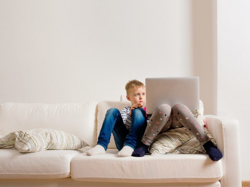 How to protect children from internet dangers 2